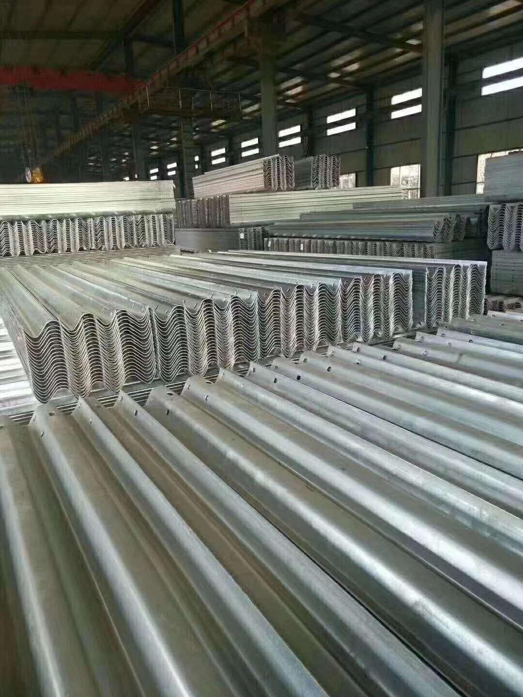 麻山区波形护栏板生产销售与施工
