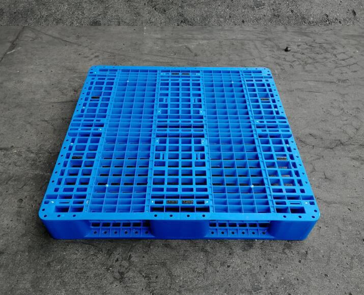 东营货物塑料底托厂家发货速度快