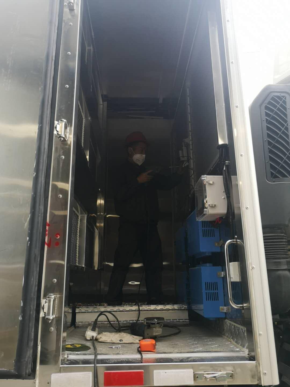 赣州市欧曼高端畜禽运输车厂家报价
