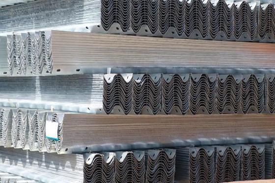 2021滨州市沾化区波形护栏板高温浸镀所需时间
