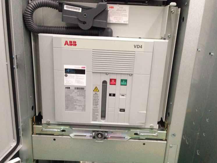 ABB临沂E1B1000 R400 PR121/P-LSIG WMP NST——