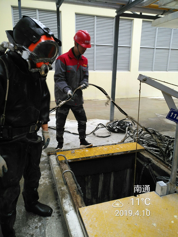 叶城县蛙人水下安装公司、水下法兰潜水员安装