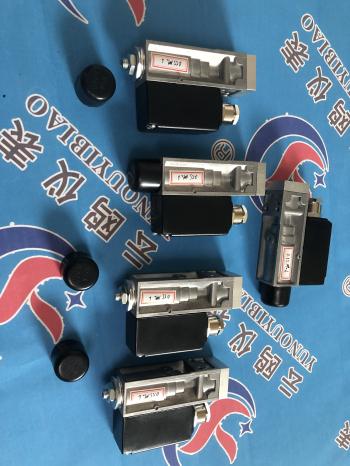 天心0814700压力开关,D500/7D压力控制器/0.05-1MPa,原理