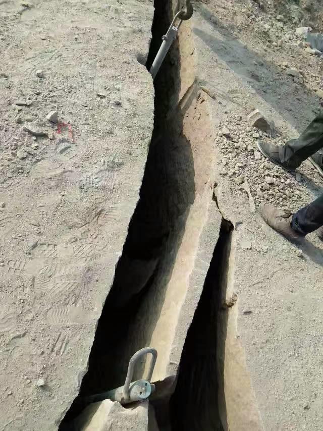 黑河气体致裂器河槽开挖怎么操作