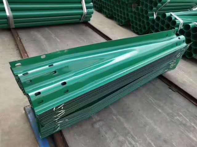 福建省泉州市波形护栏生产企业联系方式