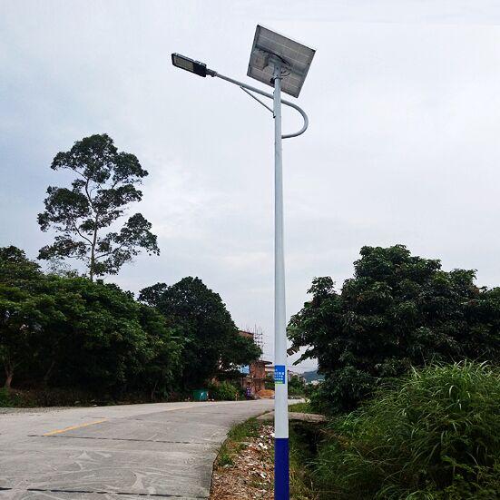 衡水6米太阳能路灯农村30瓦厂家价格表