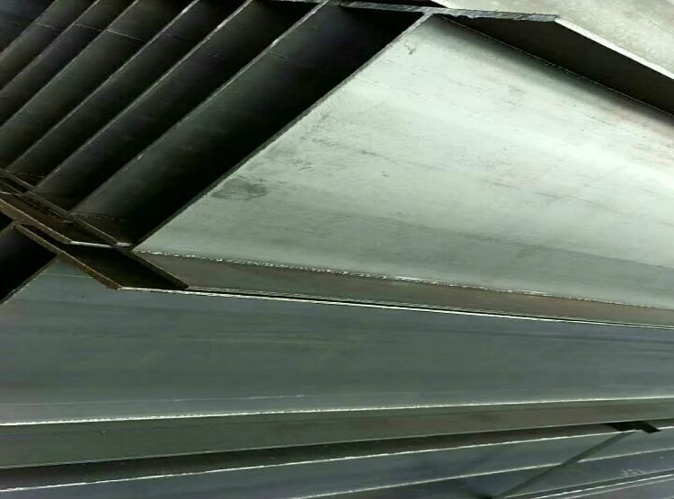 易縣16Mn中厚板構件扶梯