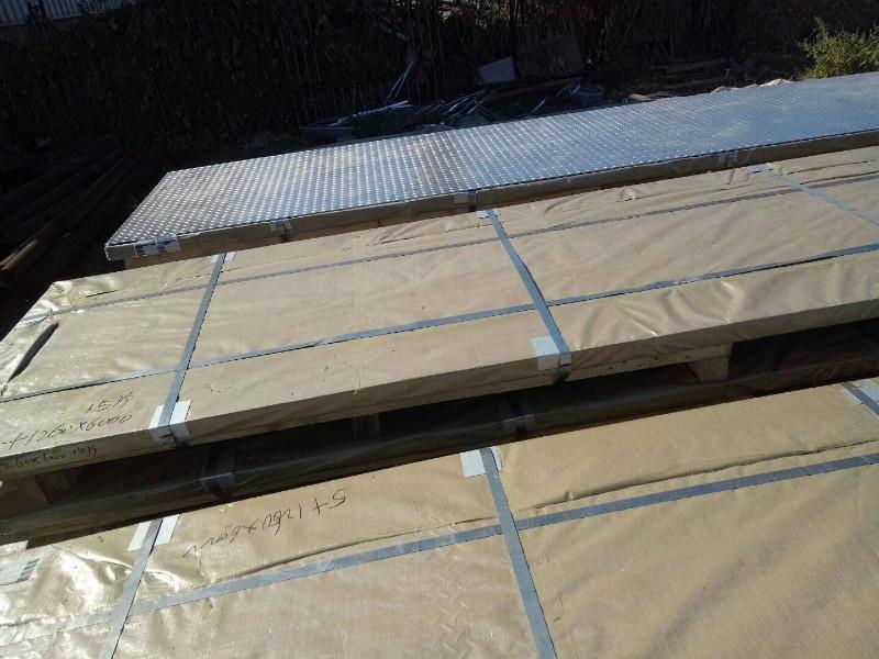 马鞍山6毫米热镀锌花纹板销售