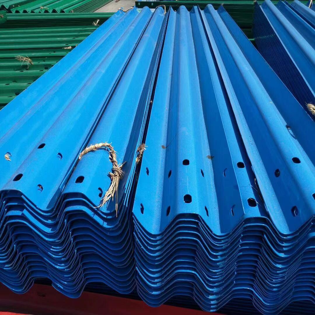 铁岭开原热镀锌公路护栏板定做多少钱一米