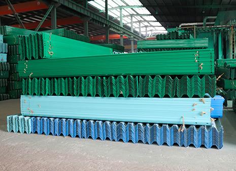 重庆波形护栏板市场价格