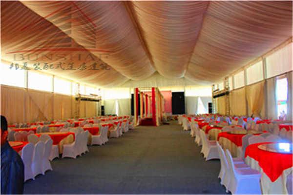 吉林松原篷房_篷房销售可配顶幔玻璃墙地台空调照明灯_邦夏篷房