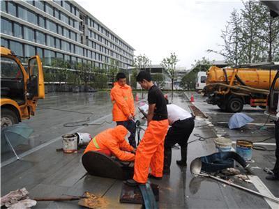 今日特价:太仓浏家港镇工业管道清洗专业清理十余年