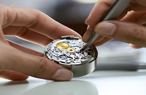 福州伯爵手表的维修
