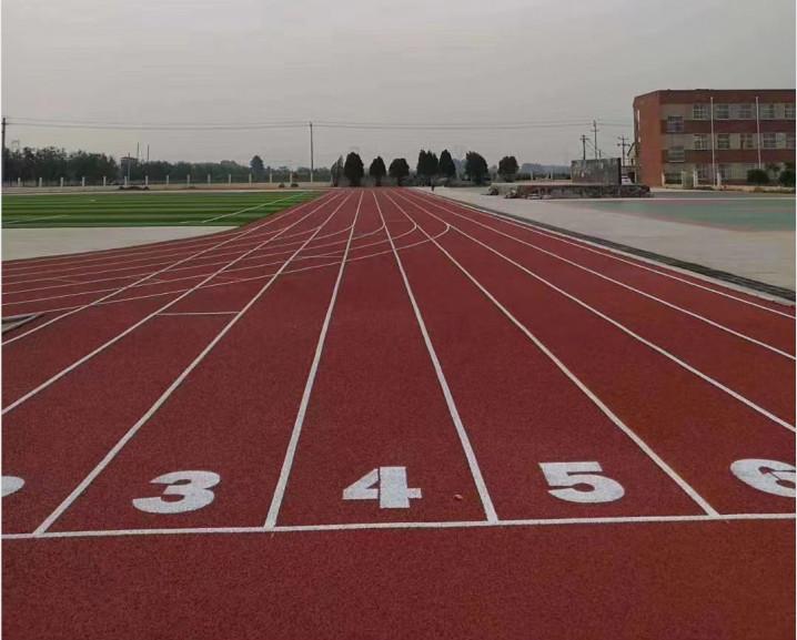 集安中小学200米橡胶跑道多少钱一平