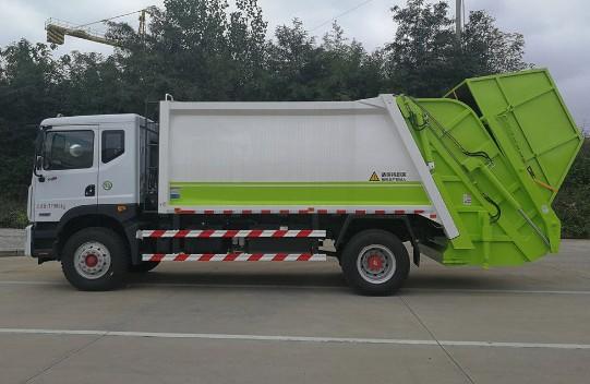 周口国六挂桶垃圾车多少钱一台