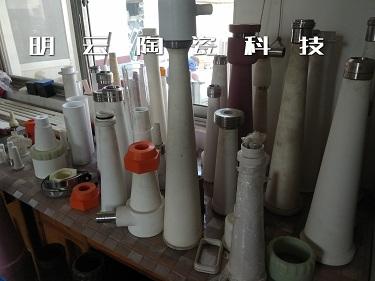 推荐厂家:洛阳刚玉陶瓷耐磨管道优质厂家