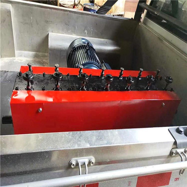 山东莱州桥梁钢绞线穿束机预应力钢绞线穿束机