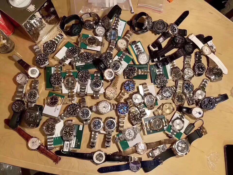 桃城区雪铁纳手表回收哪里有 齐博林手表回收注意事项