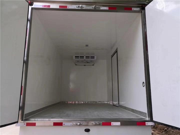 福州潭4吨保温保温车型号冷藏车专业车间