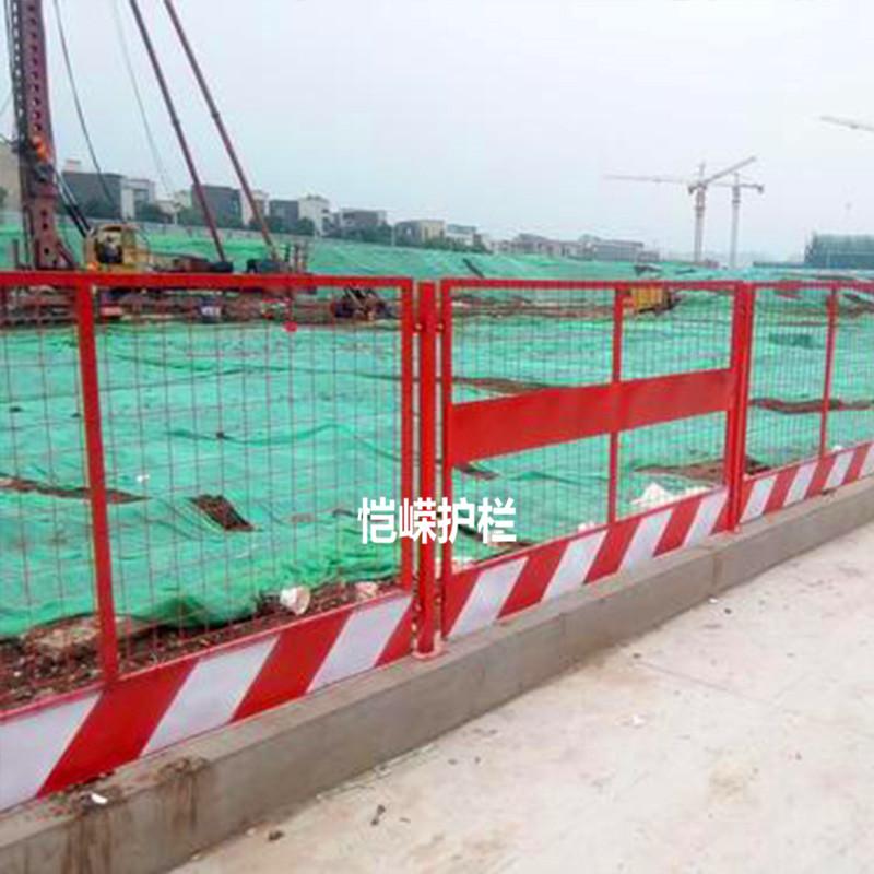 厂家供应防护网片 铁山港区防护网片多少钱一米?