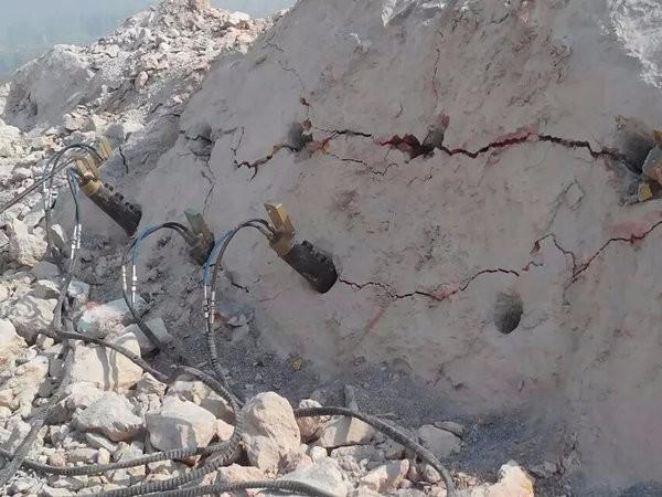 江西省抚州市水泥路面拆除液压劈裂机简单介绍