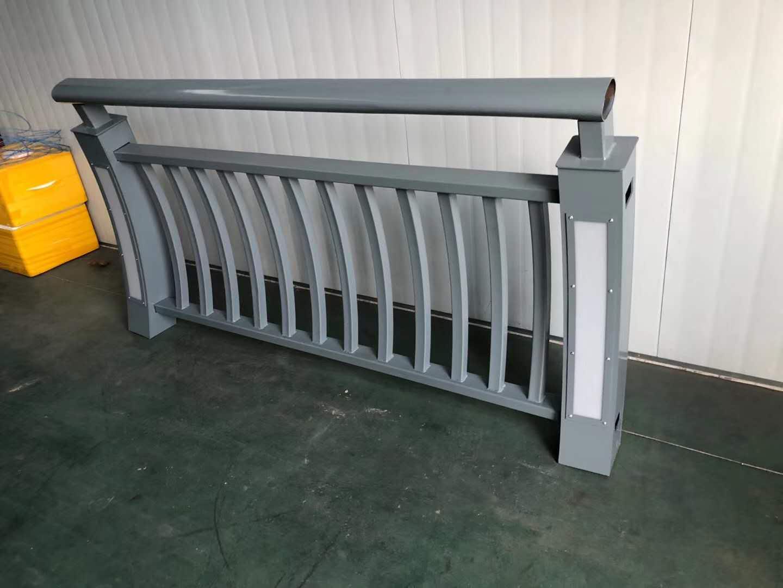大兴安岭地区不锈钢复合管桥梁栏杆查看