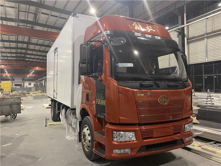 沧源5吨冷藏运输车厂家电话是多少?冷藏车知名品牌