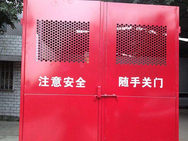 延边工地施工电梯防护门_延边施工电梯防护门生产厂家