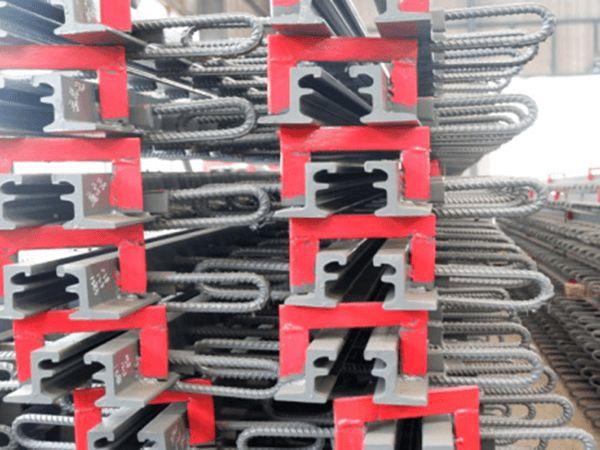 自治区山南地区60型伸缩缝安装图片