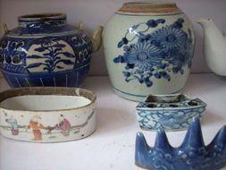 洞头区民国瓷器回收(回收老花瓶)高价回收