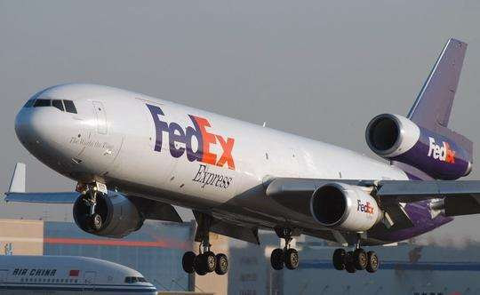湖南省岳陽市出口自拍桿到美國亞馬遜FBA海運包清關包稅貨代