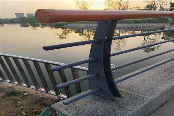 漳州不锈钢碳素钢复合管厂家合同
