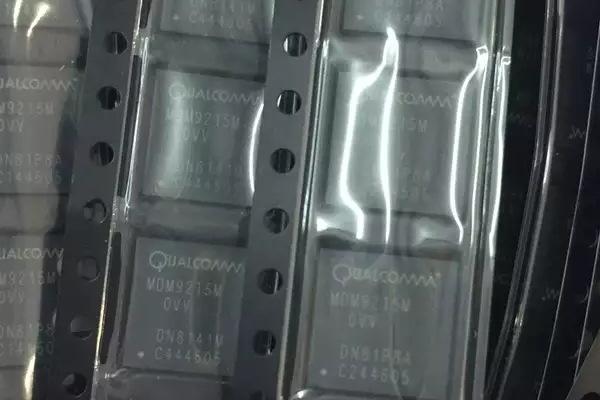 昆山回收编码器IC收购E5-2620v3现场估计
