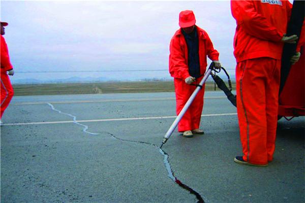 七台河水泥路裂缝灌缝胶/沥青路面灌缝胶使用说明