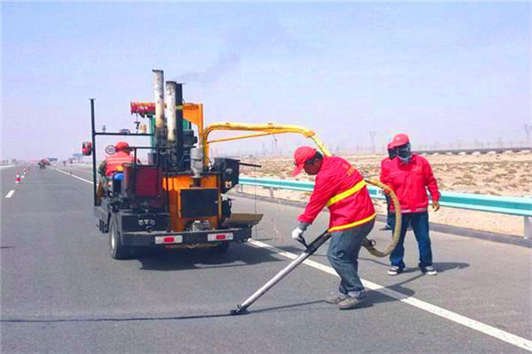 扬州路面裂缝灌缝胶/公路裂缝补缝胶产品介绍-欢迎致电