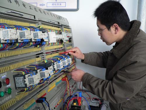 浙江低压电工证怎么报名100个案例得出的人生真理