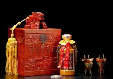 青州回收生肖茅台酒瓶子-高价回收各类名酒