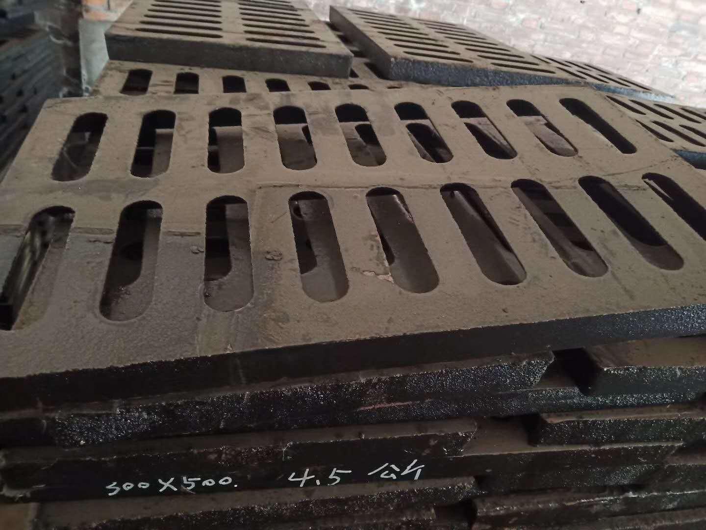 公司产品:焦作球墨铸铁雨水井盖商家