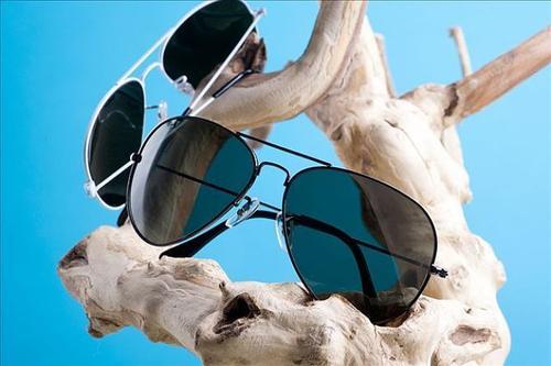 日食眼镜出口清关靠谱货代公司收费标准-金普新区