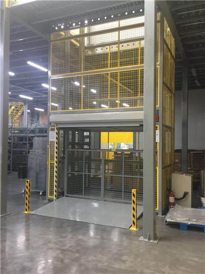升降货梯:秦都区购买高22米升降货梯厂家