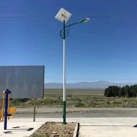 广宗县农村太阳能路灯5米30w多少钱一套