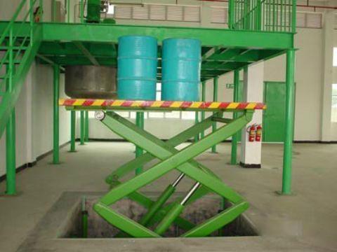 成都载货升降货梯 1-29吨升降货梯性能特点
