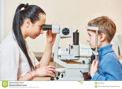 钦州眼镜验光师证怎么考今年报考人数又增加了