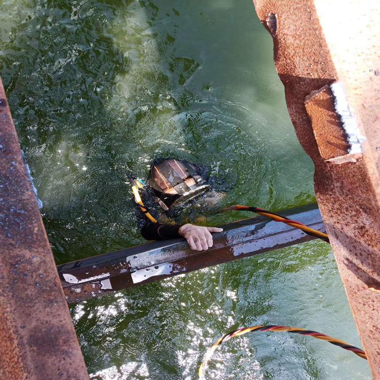 防城港市打捞队——严格为把关