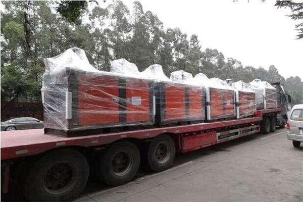 有珠海斗门到湖北鄂州拉挖掘机专业运输