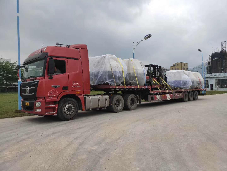 广州萝岗到四川自贡4米2高栏车拉货运东西