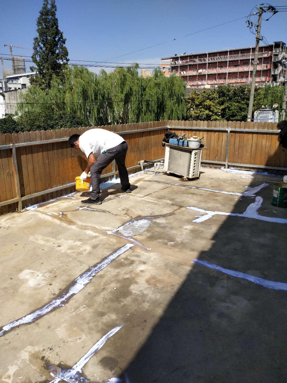 上海市虹口区淋浴房防水上门服务