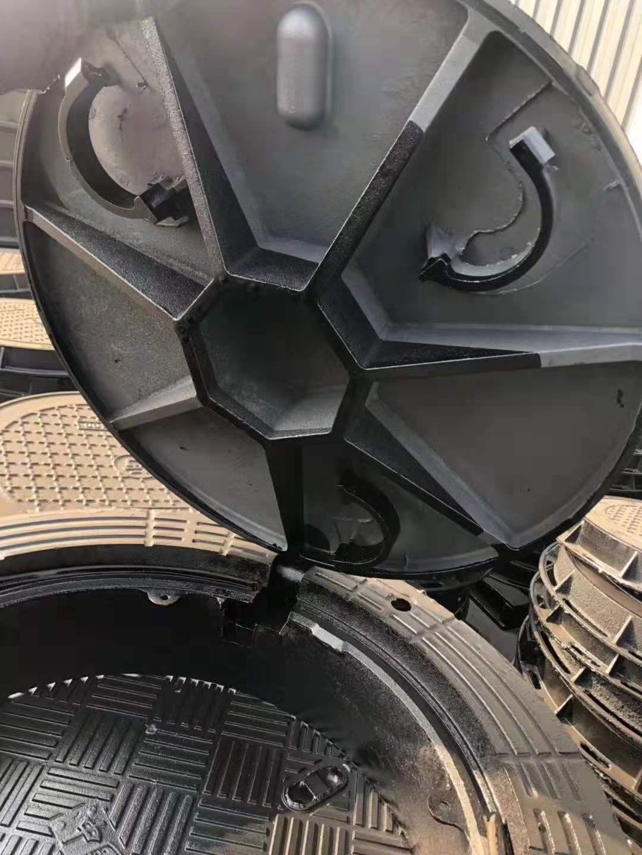 东兴电信1000球墨铸铁(防沉降)井盖
