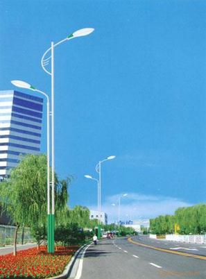 鄢陵路灯安装公司/太阳能路灯销售电话