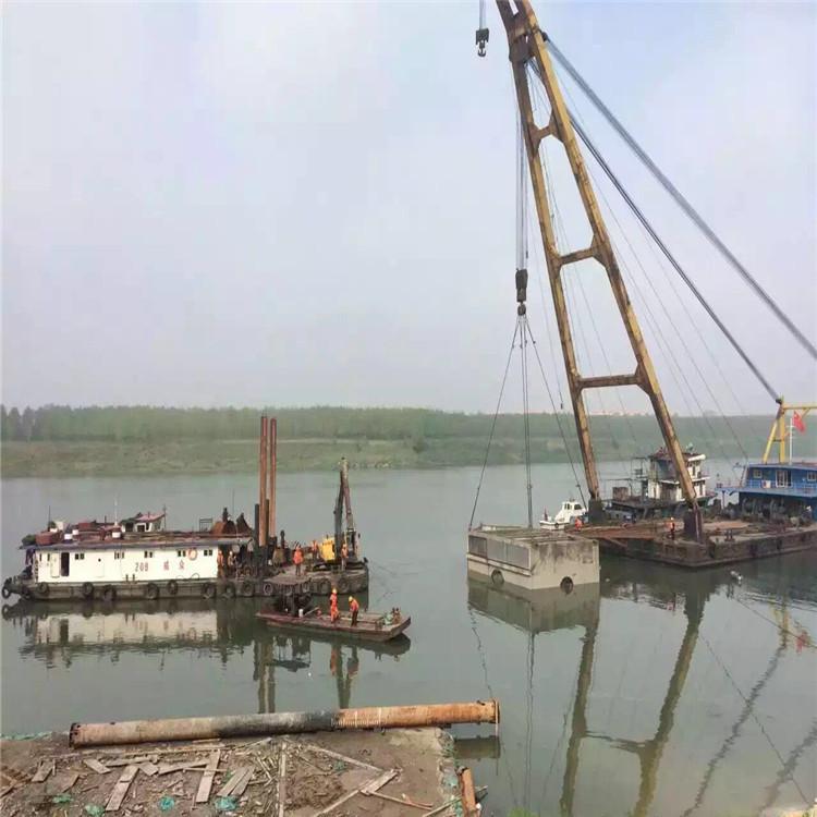 南昌市铺设水下光缆—鹰潭市沉管法